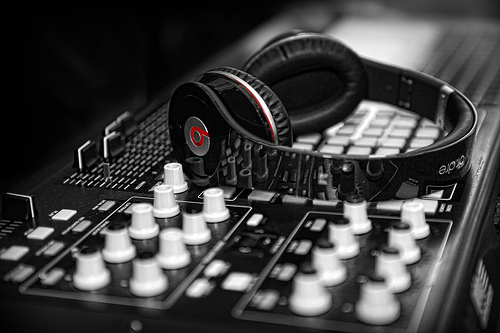 The DJ didn't kill the radio – crowdsourcing killed the DJ